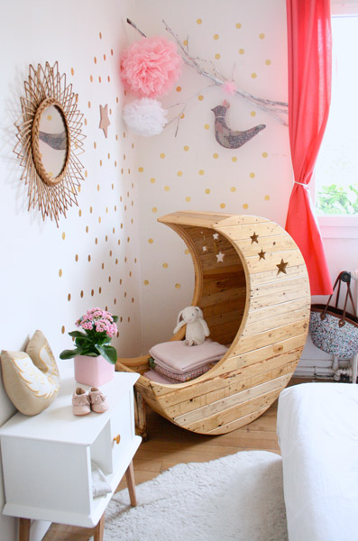 Furniture for children made with pallet