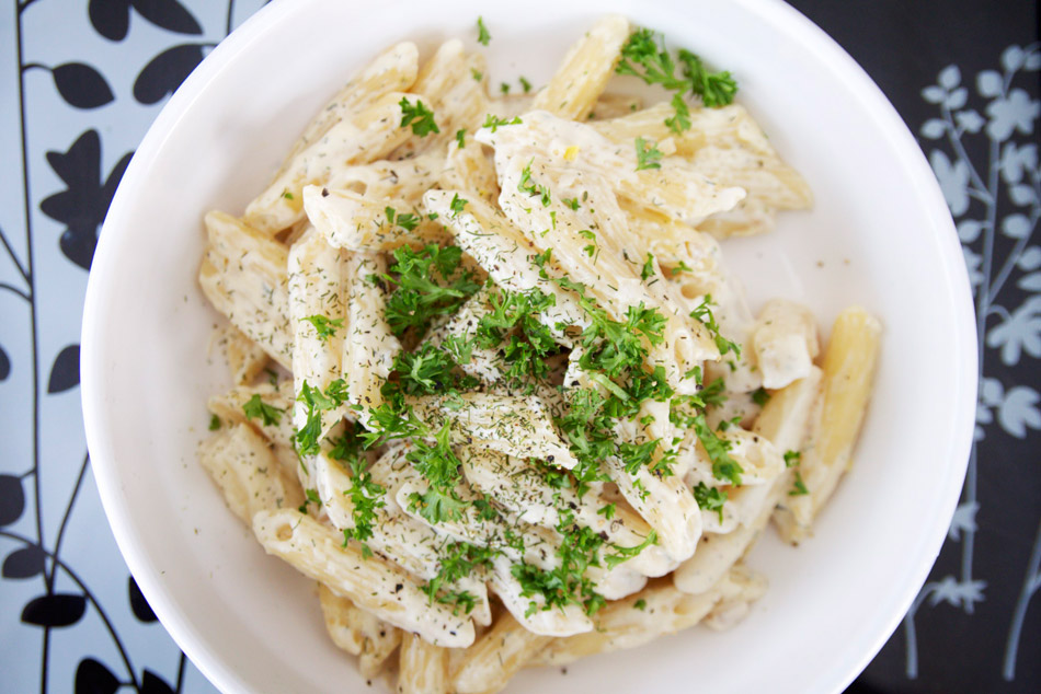 asparagus pasta with parsley (creamy)