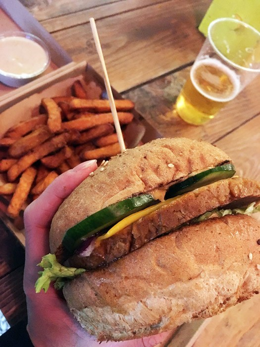 karavan Las vegans seitanburger