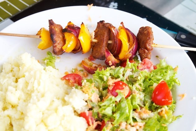 Seitan brochette with bell pepper and onion on the bbq