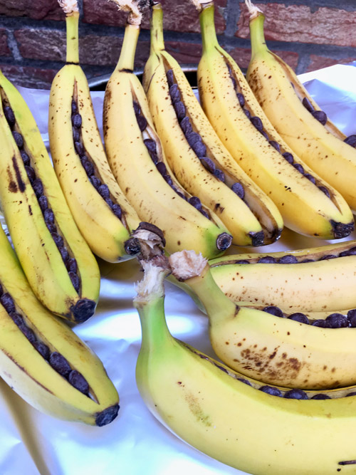 Bananas on th bbq for a potluck